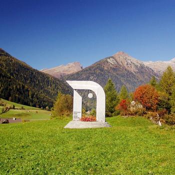 Nationalparkzeichen am Rabisch